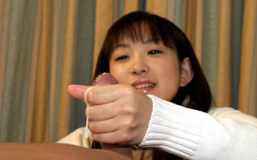 手でシコってくれる (5)
