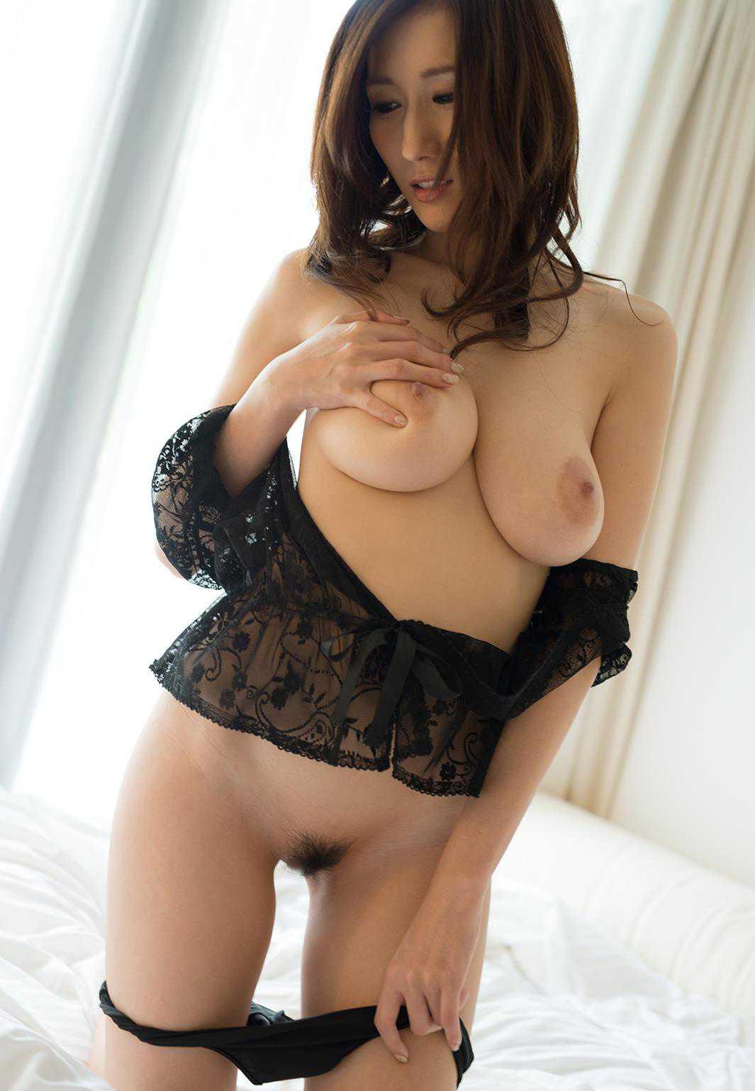 デカい巨乳の、JULIA (6)