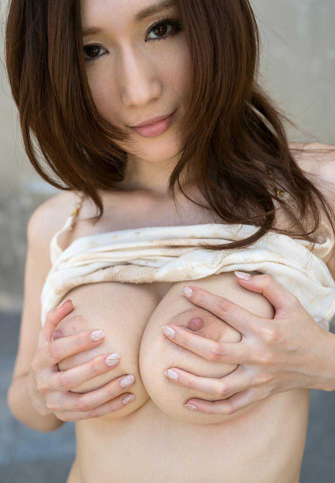 デカい巨乳の、JULIA (20)