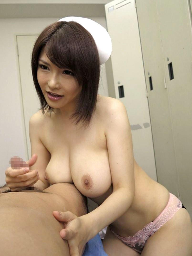 エッチな看護婦さん (19)