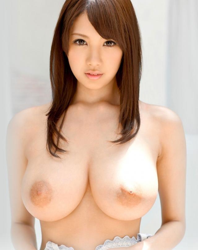 美しい巨乳、宇都宮しをん (1)