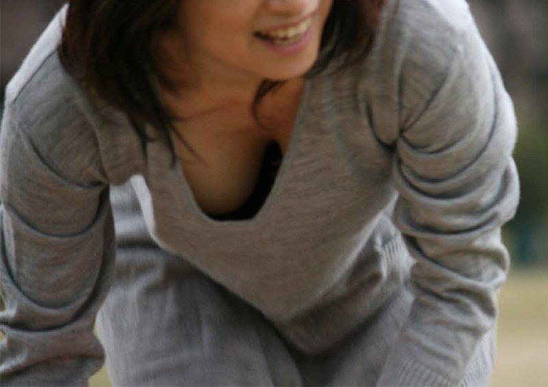 乳がチラリ (6)