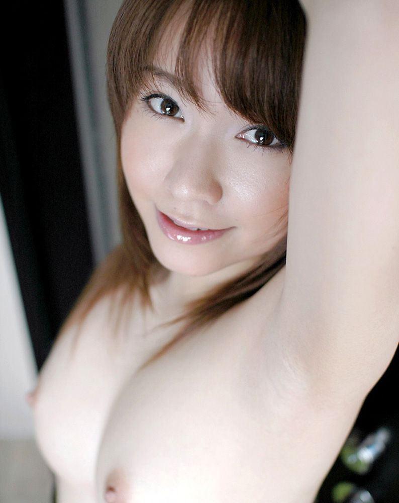 脇の下とお乳 (2)