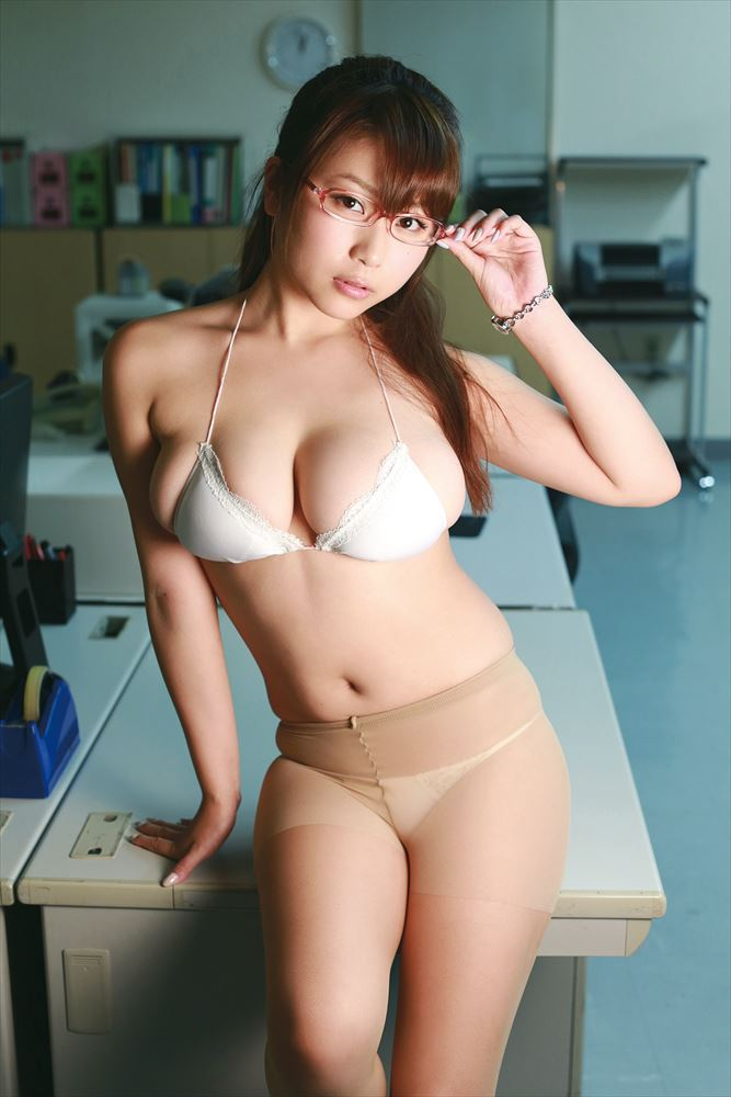 ぱちゃっとしたボディ (4)