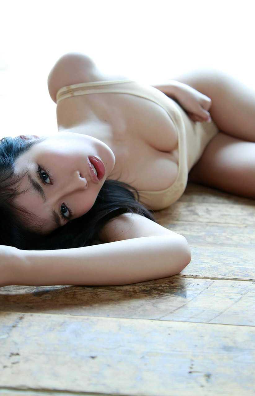 ナイスバディな、今野杏南 (16)