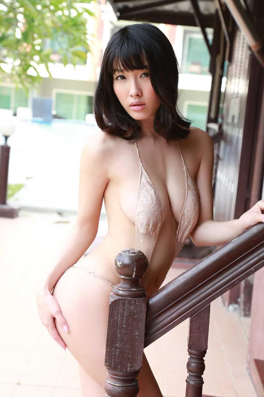 ナイスバディな、今野杏南 (17)