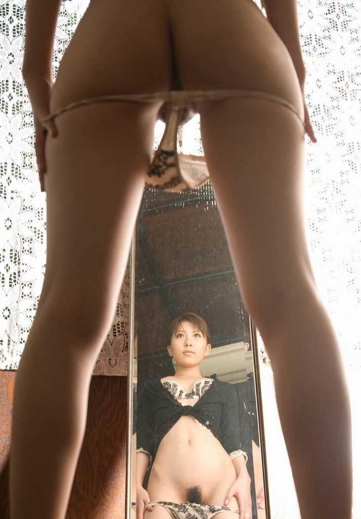 ミラー越しの裸 (10)