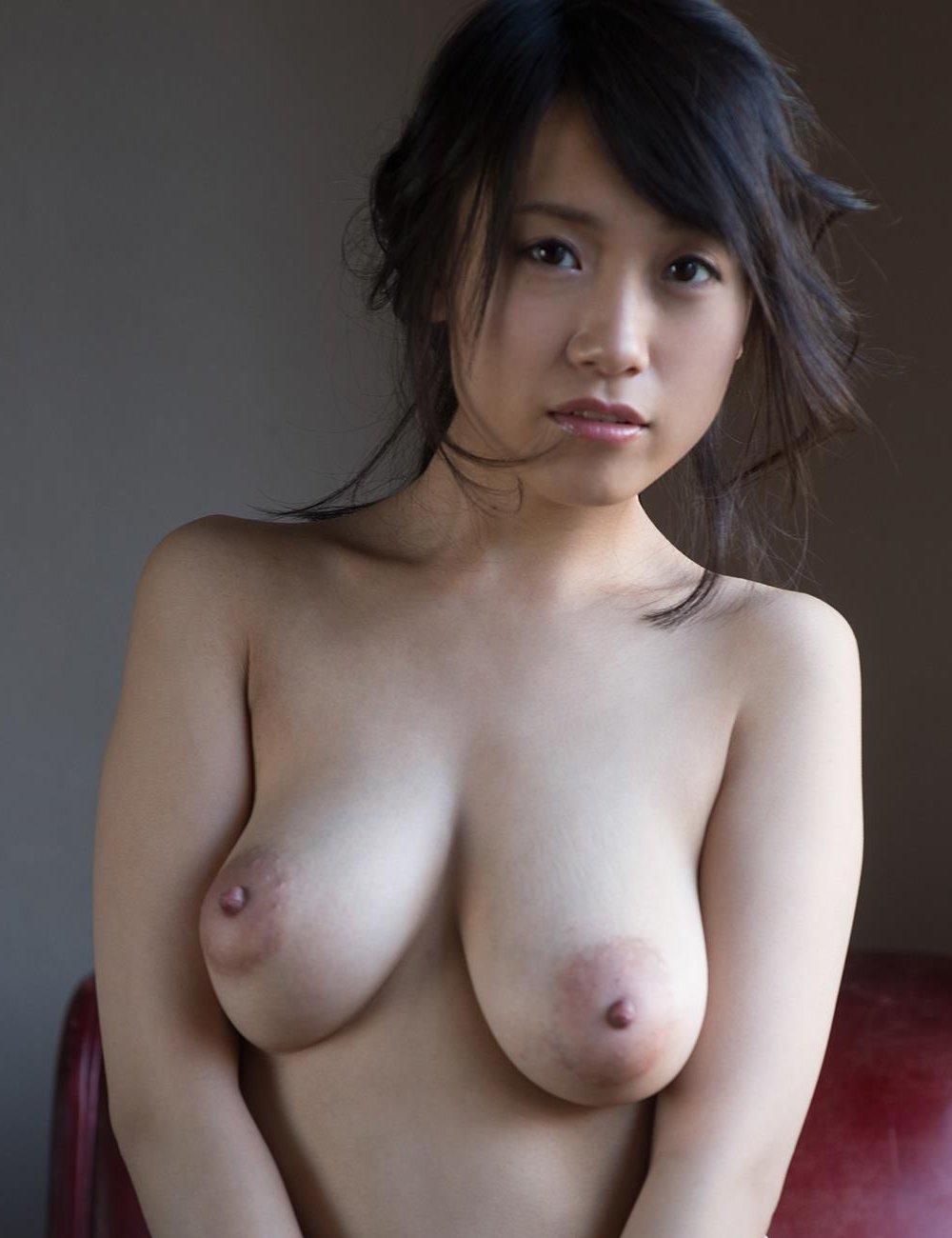 デカパイの、長瀬麻美 (1)