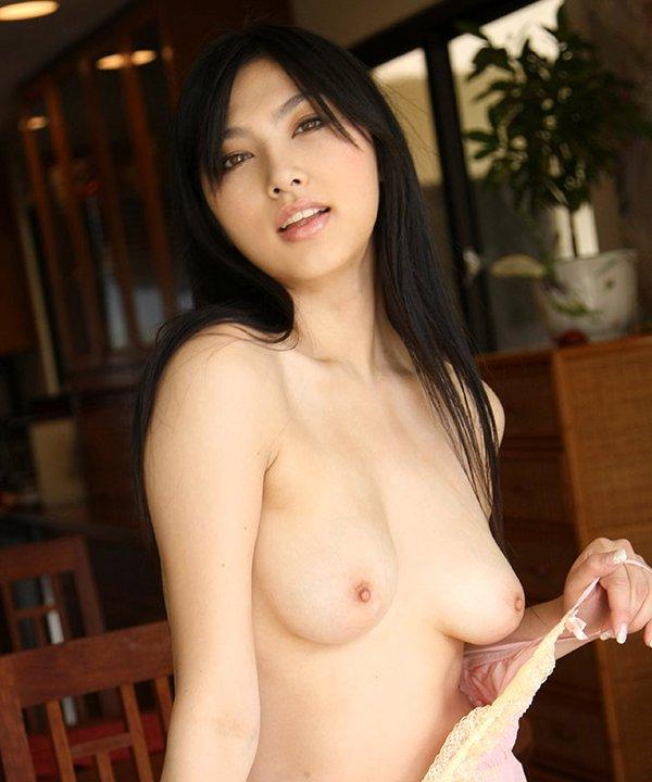 美しい全裸女性 (1)