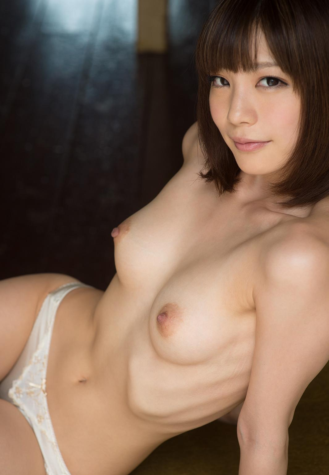 ショートヘアも可愛い、鈴村あいり (19)