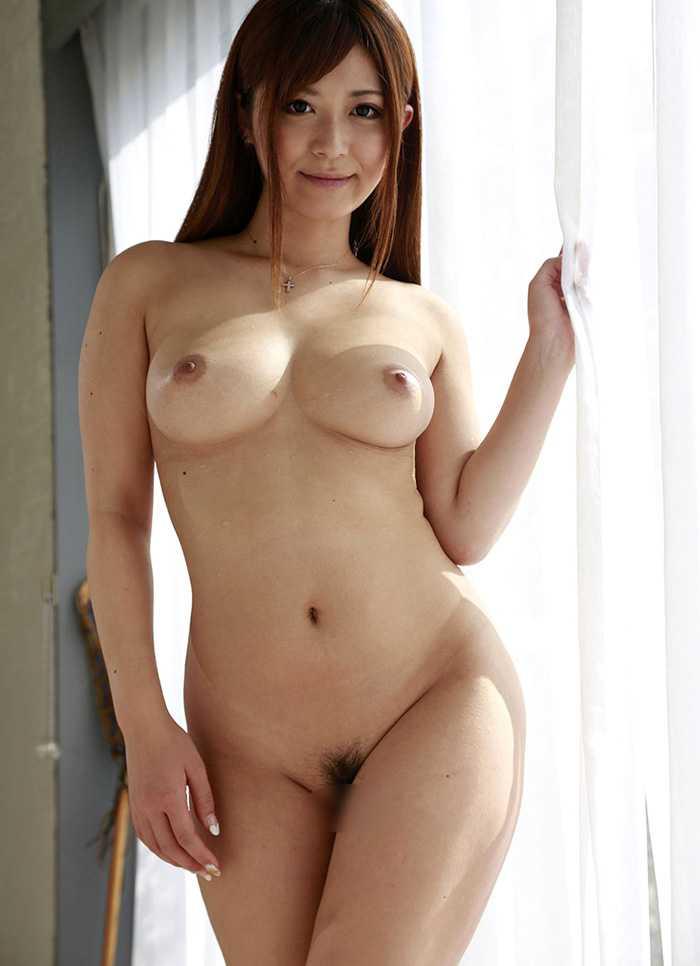 美しい胸と全裸 (11)