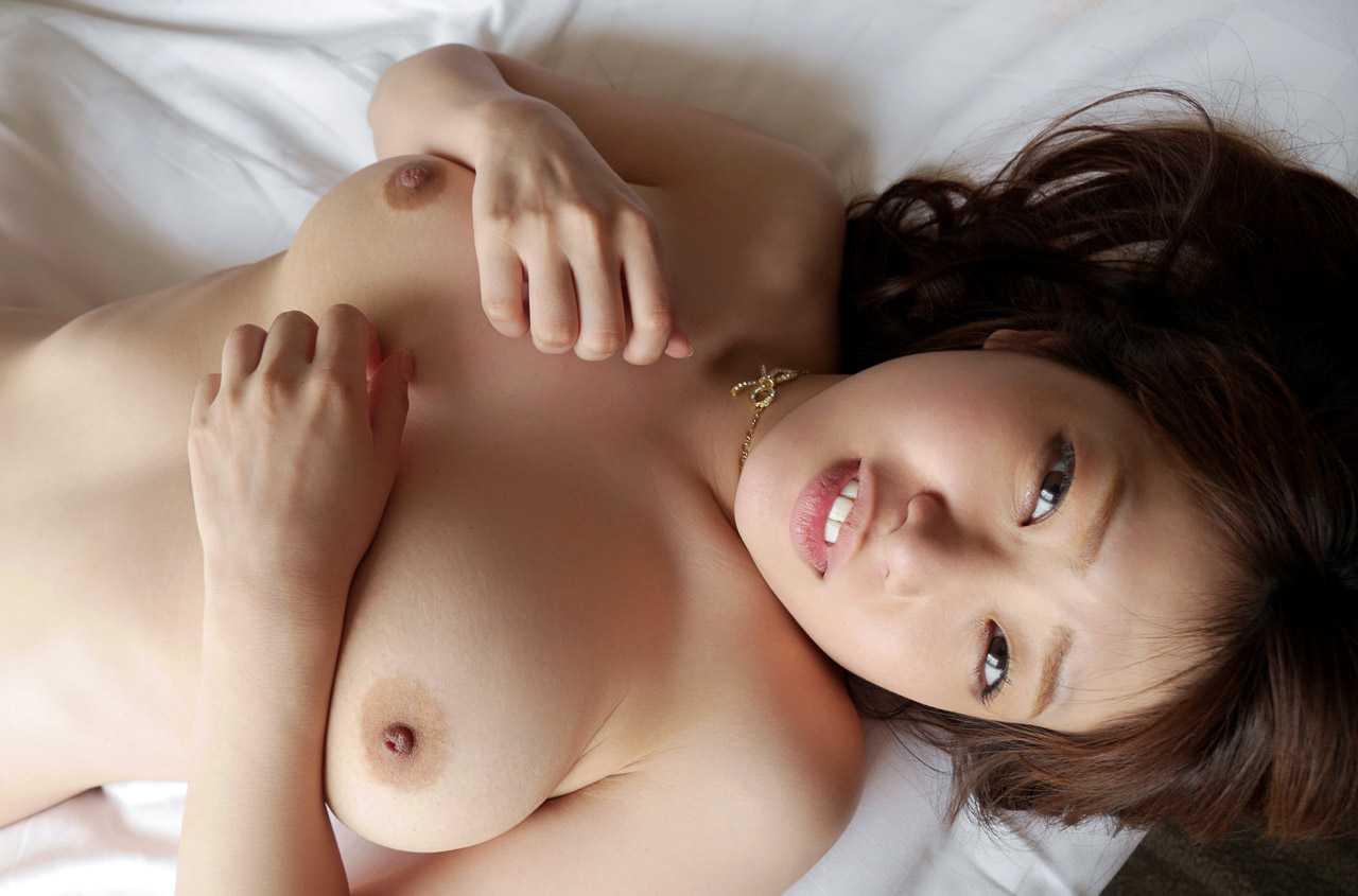 巨乳で挟む、井上瞳 (2)