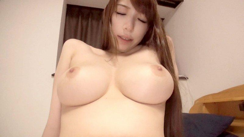 圧巻のボディ、香山美桜 (2)