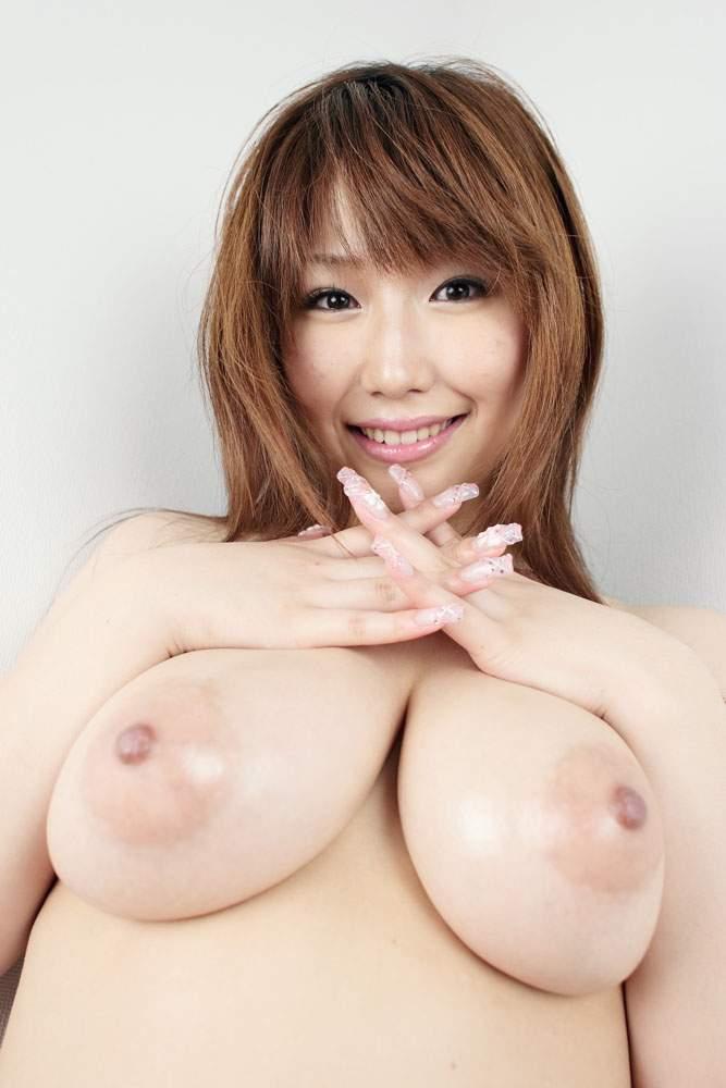 挟まれたい爆乳 (3)