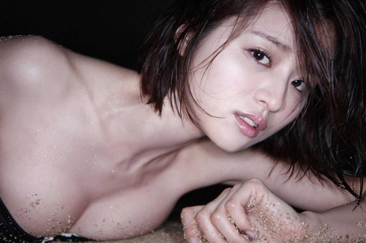 アイドルのデカパイ (16)
