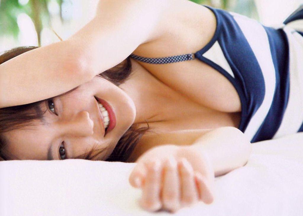 エロくて可愛い、真野恵里菜 (6)