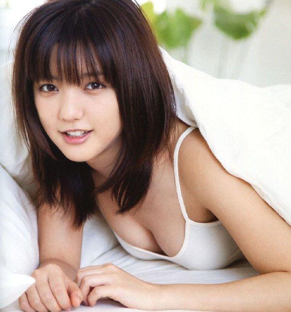 エロくて可愛い、真野恵里菜 (1)
