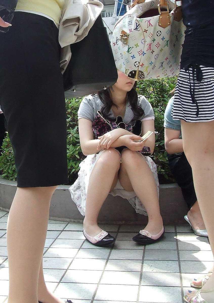 座りパンティ (13)