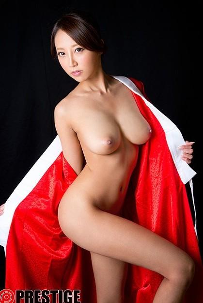 素晴らしいボディの美女、松嶋葵 (2)