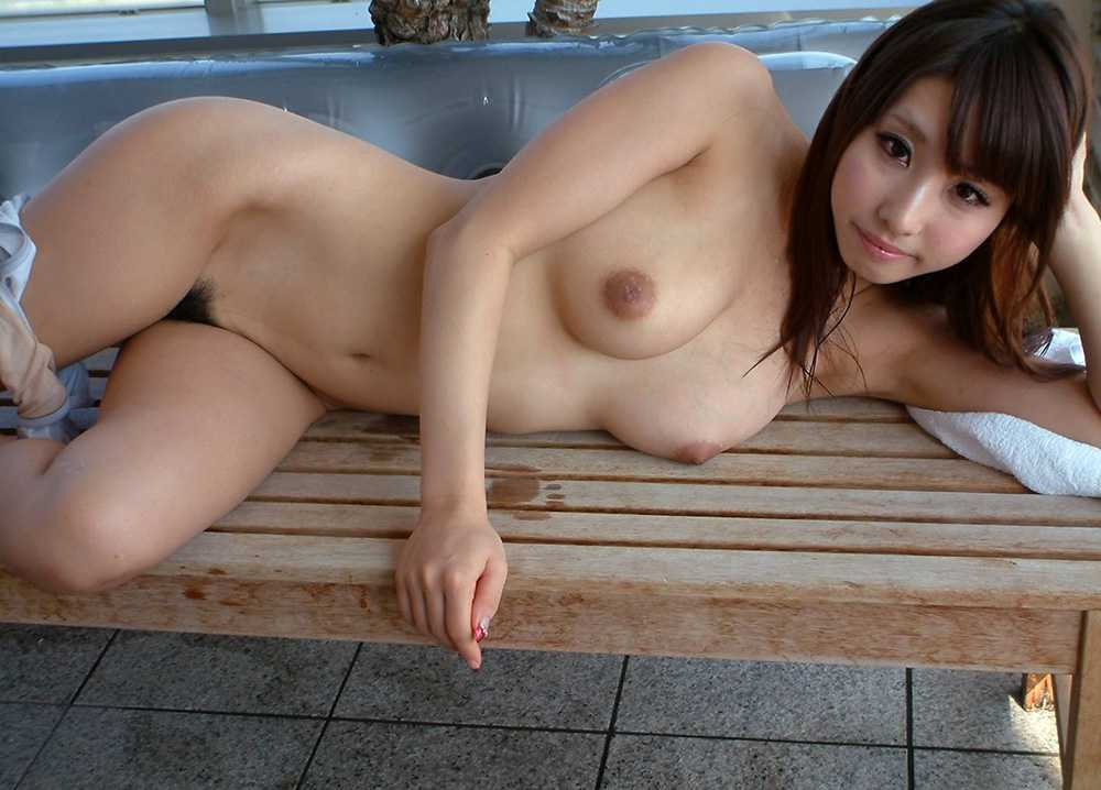 全裸の美人 (10)
