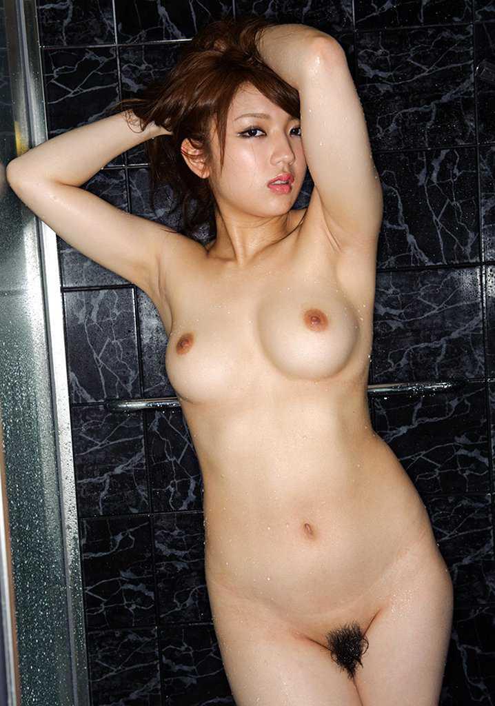 芸樹的な全裸 (18)