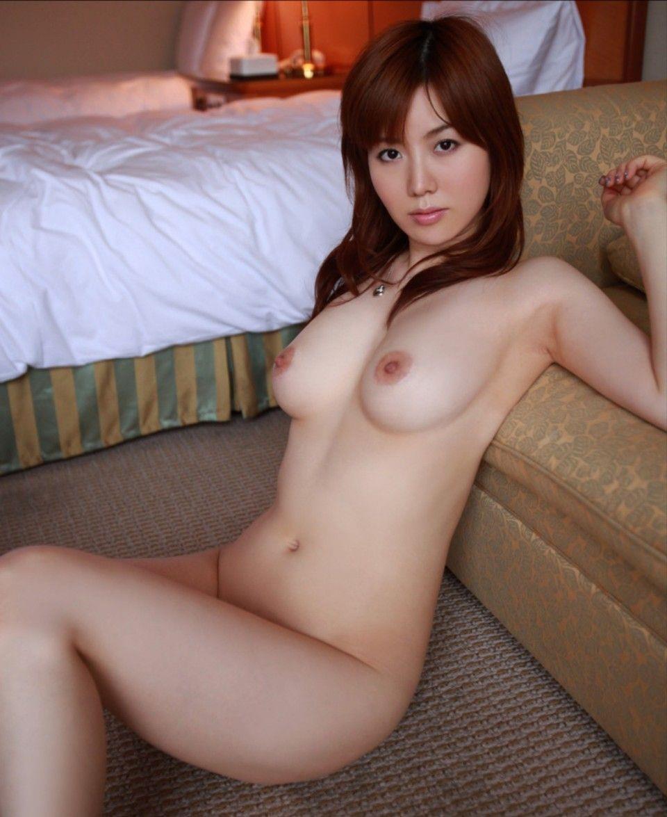 全裸の美人 (4)