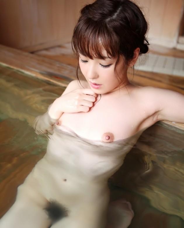 脱衣して入浴 (13)