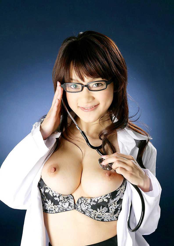 エッチな看護婦さん (3)