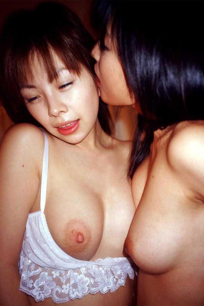レズビアンが愛撫 (18)