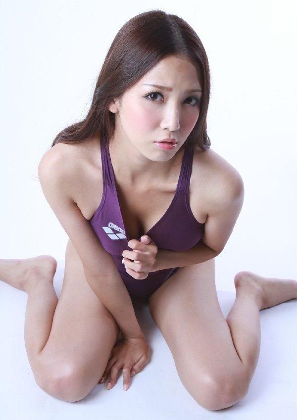 競泳用の水着 (2)