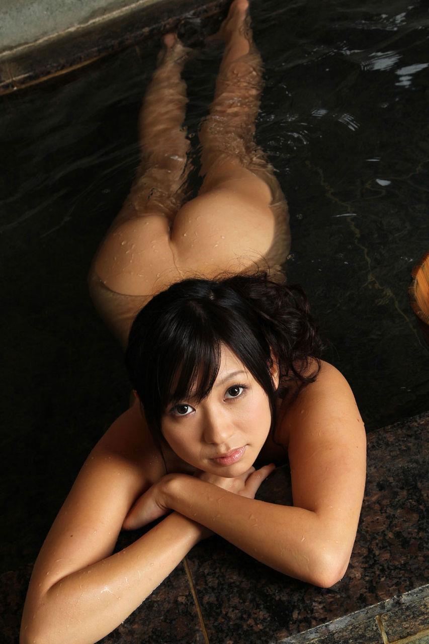 素っ裸でお風呂 (17)