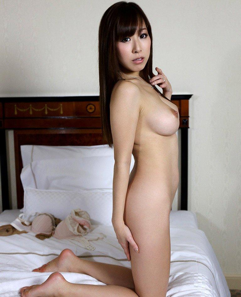 迫力ある爆乳の、北川エリカ (11)