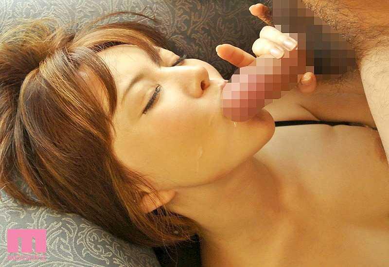 美乳でエッチな、里美ゆりあ (17)