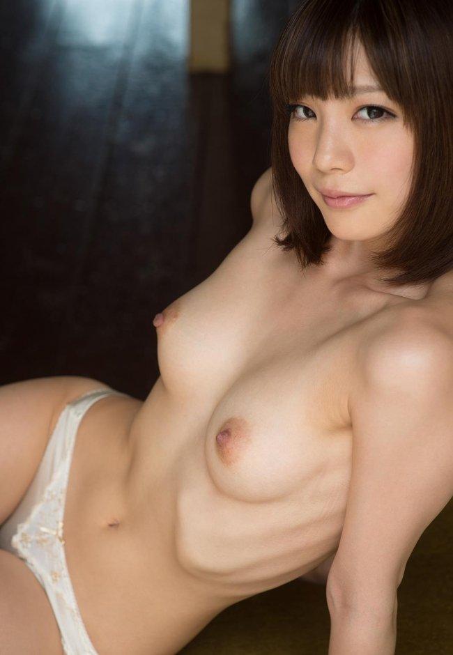 純情そうなのに淫乱な、鈴村あいり (2)