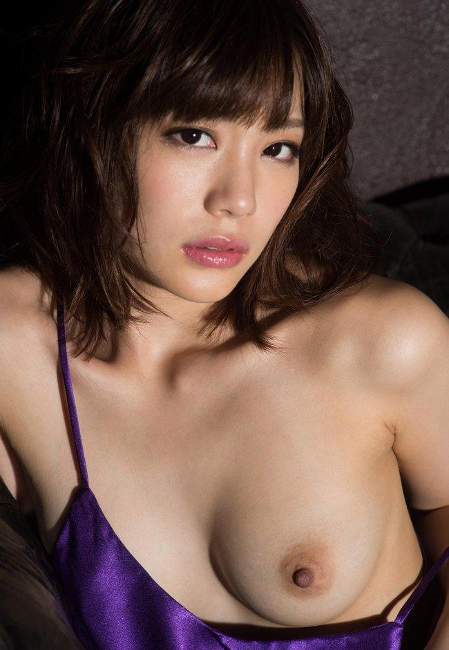 純情そうなのに淫乱な、鈴村あいり (16)