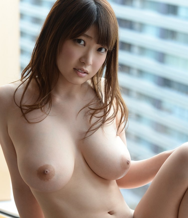 巨乳を揺らしてSEX、井上瞳 (1)