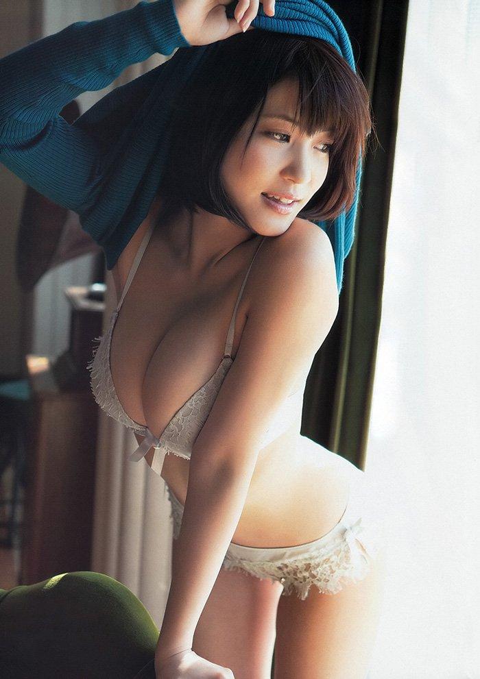 芸能人のランジェリー姿 (6)