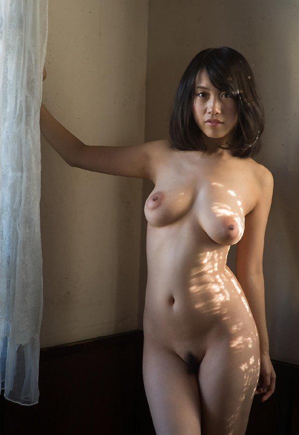 乳首も乳房もデカい、長瀬麻美 (11)