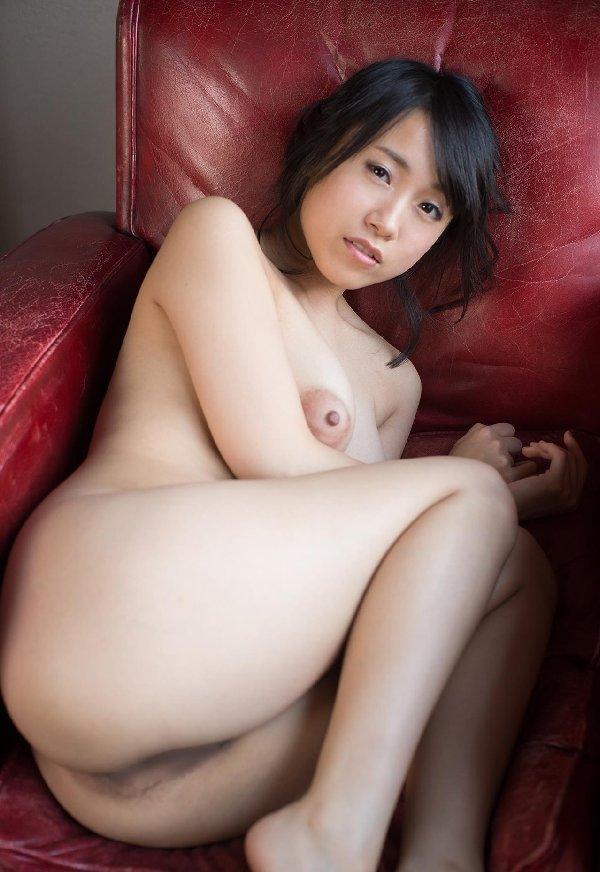乳首も乳房もデカい、長瀬麻美 (2)