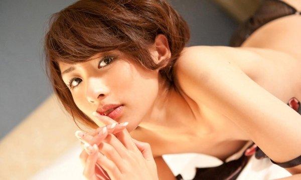エロいSEXをしまくる、夏目優希 (2)