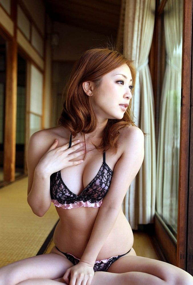 女性用の下着がエロい (2)