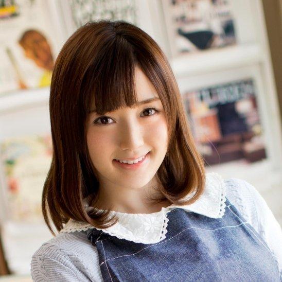 お嬢様な女子大生、鈴原エミリ (2)