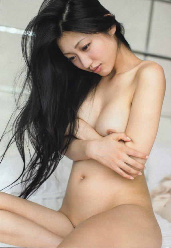 素っ裸のお姉さん (3)