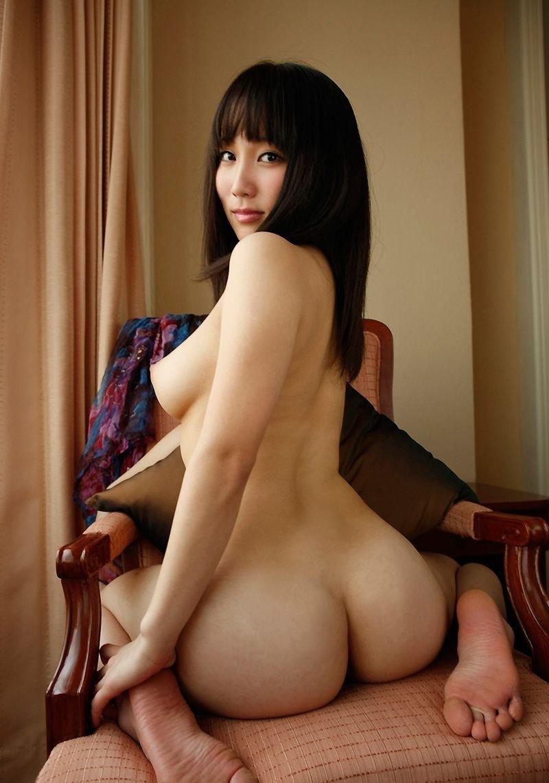 全裸のヒップ (3)