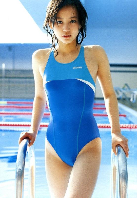 芸能人の競泳水着 (18)