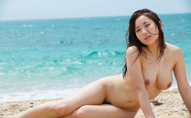 大きな乳房で挟まれたい、倉多まお (4)