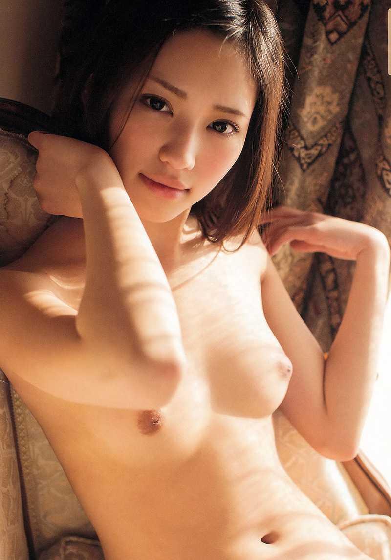 綺麗で淫乱な、桃谷エリカ (15)