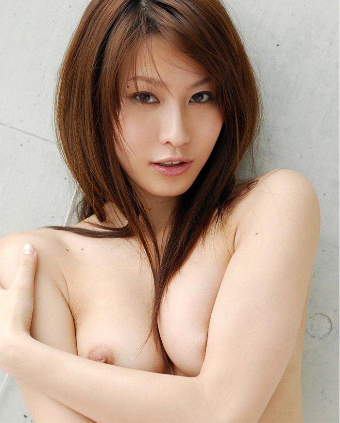素っ裸と乳房 (7)