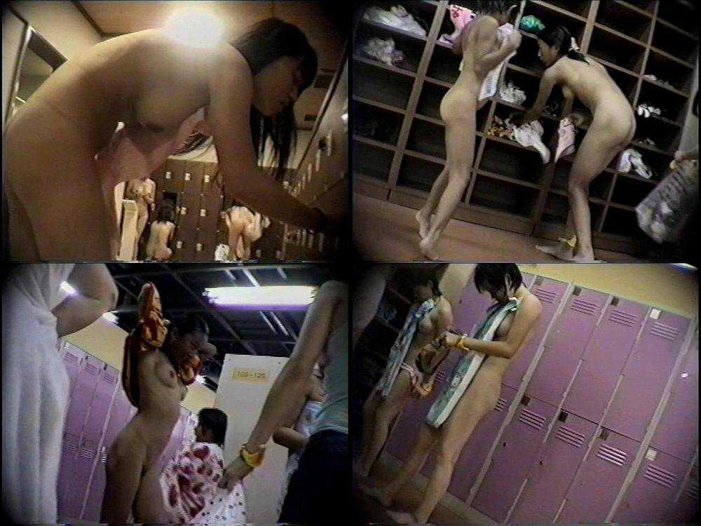 お風呂に入る女の子 (13)