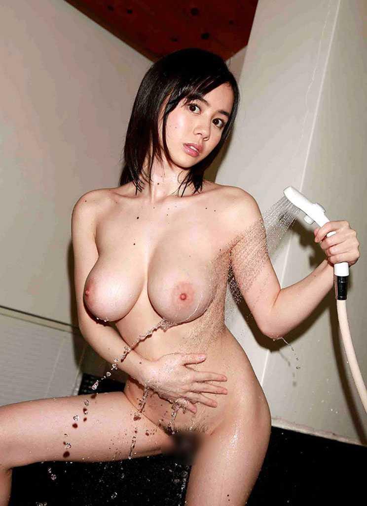 全裸で入浴 (1)